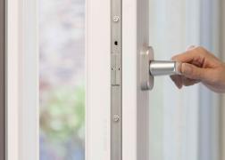 Burglar-proof window handle Rehau Linea Design