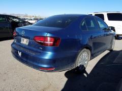 For sale a car VOLKSWAGEN JETTA 2015